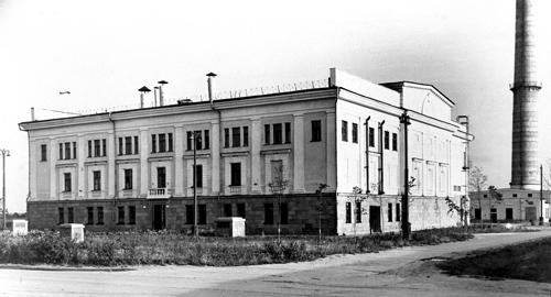 6月27日:建国饭店开建--特色总网